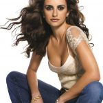 Penelope Cruz Bra Size, Age, Weight, Height, Measurements