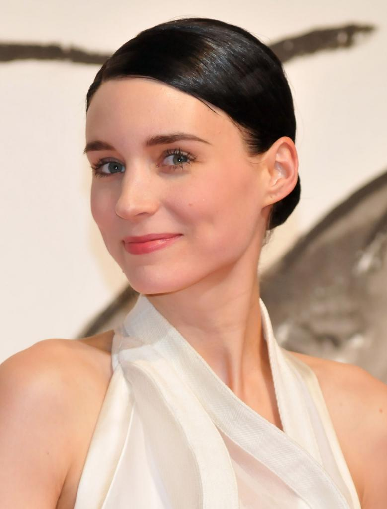 Rooney Mara Bra Size Age Weight Height Measurements Celebrity Sizes