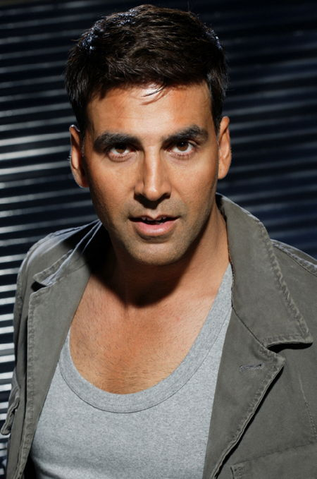 Akshay Kumar Age, Weight, Height, Measurements - Celebrity
