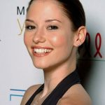 Chyler Leigh Bra Size, Age, Weight, Height, Measurements