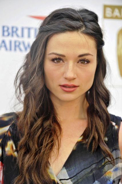 Crystal Reed Bra Size Age Weight Height Measurements