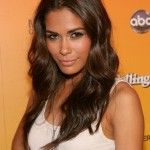 Daniella Alonso Bra Size, Age, Weight, Height, Measurements