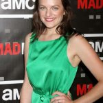 Elisabeth Moss Bra Size, Age, Weight, Height, Measurements