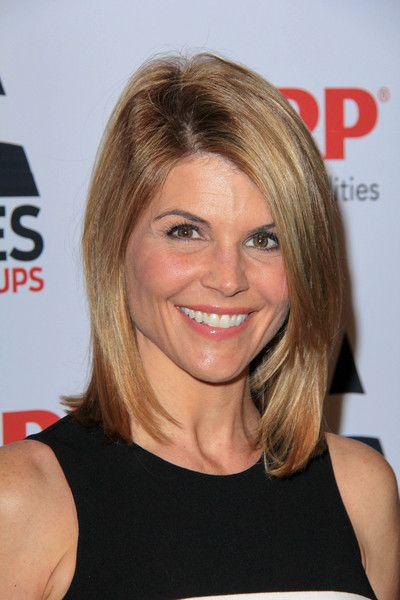 Lori Loughlin Bra Size  Age  Weight  Height  Measurements