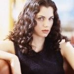 Mia Kirshner Bra Size, Age, Weight, Height, Measurements