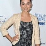 Molly Ephraim Bra Size, Age, Weight, Height, Measurements