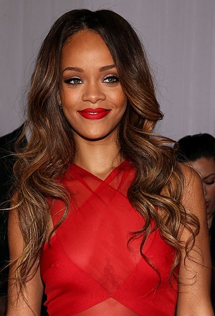 rihanna bra size  age  weight  height  measurements