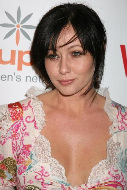 Shannen Doherty Bra Size Age Weight Height
