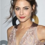 Willa Holland Bra Size, Age, Weight, Height, Measurements