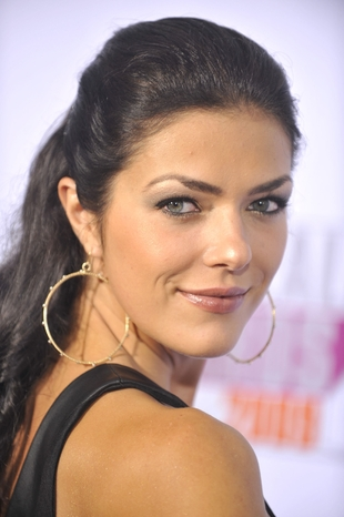 Adrianne Curry Bra Size Age Weight Height Measurements