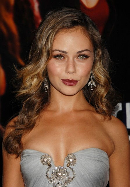 Alexis Dziena Alexis Dziena Bra Size, Age, Weight, Height, Measurements