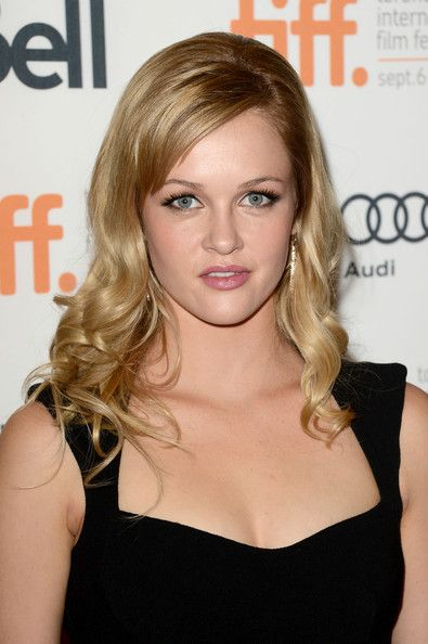 Ambyr Childers earned a  million dollar salary - leaving the net worth at 1.5 million in 2018
