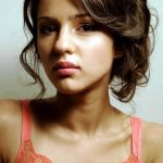 Annet Mahendru Bra Size, Age, Weight, Height, Measurements