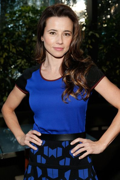 Linda Cardellini Linda Cardellini Bra Size, Age, Weight, Height, Measurements