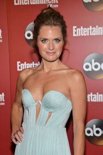 Maggie Lawson Maggie Lawson Bra Size, Age, Weight, Height, Measurements