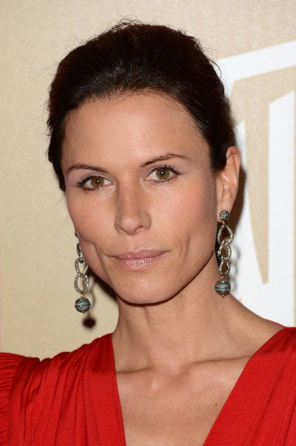 Rhona Mitra Rhona Mitra Bra Size, Age, Weight, Height, Measurements