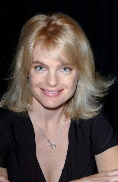 Erika Eleniak Erika Eleniak Bra Size, Age, Weight, Height, Measurements