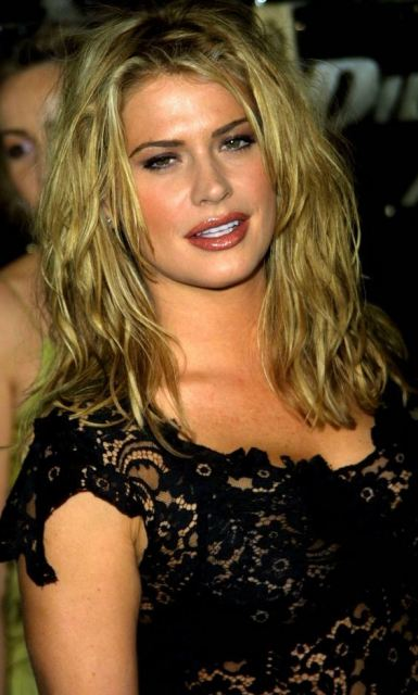 Kristy Swanson Kristy Swanson Bra Size, Age, Weight, Height, Measurements