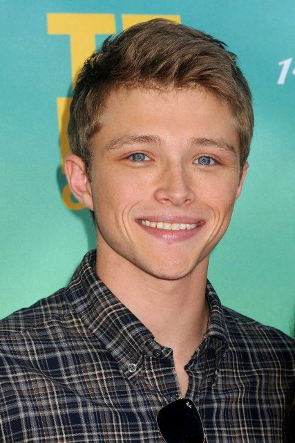 Sterling Knight Age Weight Height Measurements