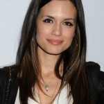 Torrey DeVitto Bra Size, Age, Weight, Height, Measurements