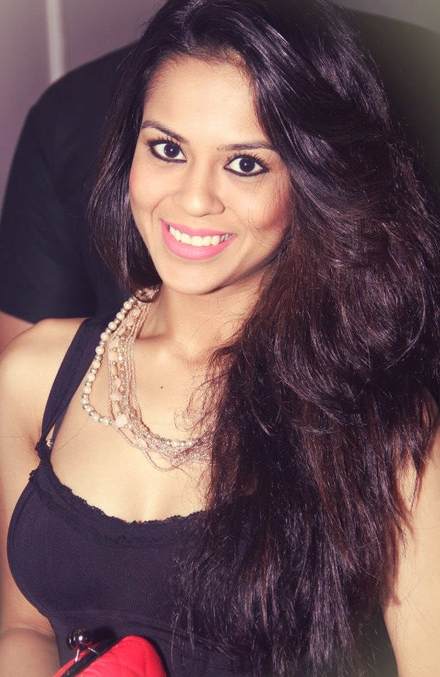 Sana Saeed Nude Photos 50