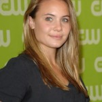 Leah Pipes Bra Size, Age, Weight, Height, Measurements