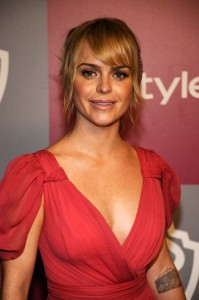 Taryn Manning Bra Size, Age, Weight, Height, Measurements ...