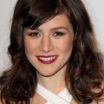 Yael Stone Bra Size, Age, Weight, Height, Measurements
