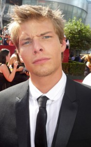 hunter parrish age weight height measurements. Black Bedroom Furniture Sets. Home Design Ideas