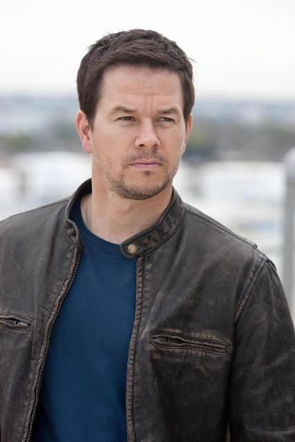 Mark Wahlberg Workout Routine - Celebrity Sizes Mark Wahlberg