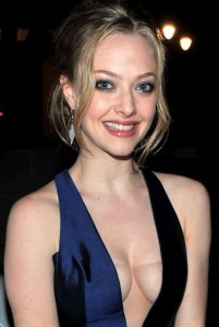 Amanda Seyfried Net Worth - Celebrity Sizes