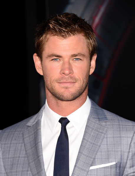 Chris Hemsworth Net Worth - Celebrity Sizes