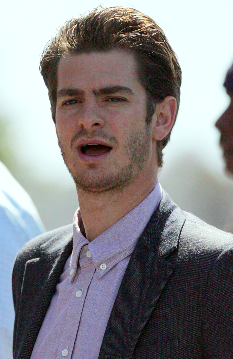 Andrew Garfield Diet Plan - Celebrity Sizes Andrew Garfield