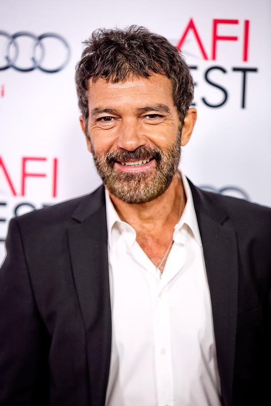 Antonio Banderas Net Worth - Celebrity Sizes Antonio Banderas