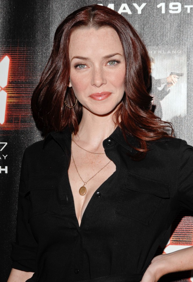 annie wersching - photo #23