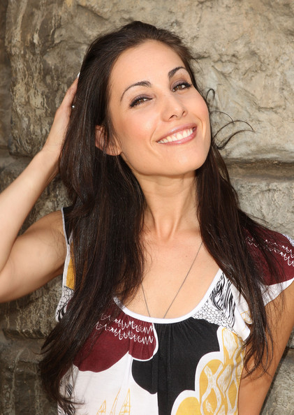 Carly Pope Bra Size Age Weight Height Measurements Celebrity Sizes