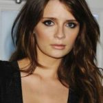 Mischa Barton Bra Size, Age, Weight, Height, Measurements - Celebrity ...