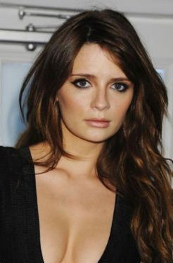 Mischa Barton Net Worth - Celebrity Sizes