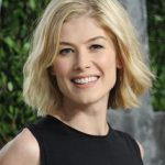 Rosamund Pike Bra Size Age Weight Height Measurements