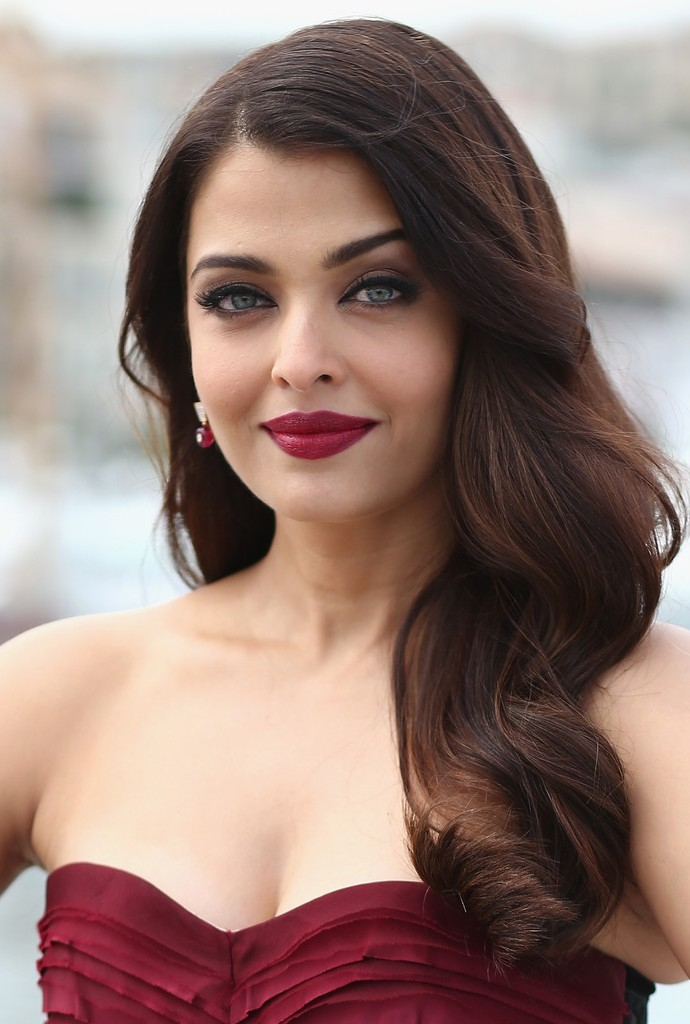 Aishwarya Rai Bachchan Net Worth Celebrity Sizes