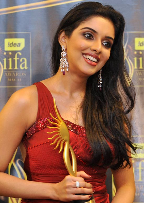 beautiful eyes asin bollywood - photo #29