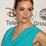 Alyssa Milano Bra Size, Age, Weight, Height, Measurements