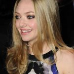 Amanda Seyfried Bra Size, Age, Weight, Height, Measurements