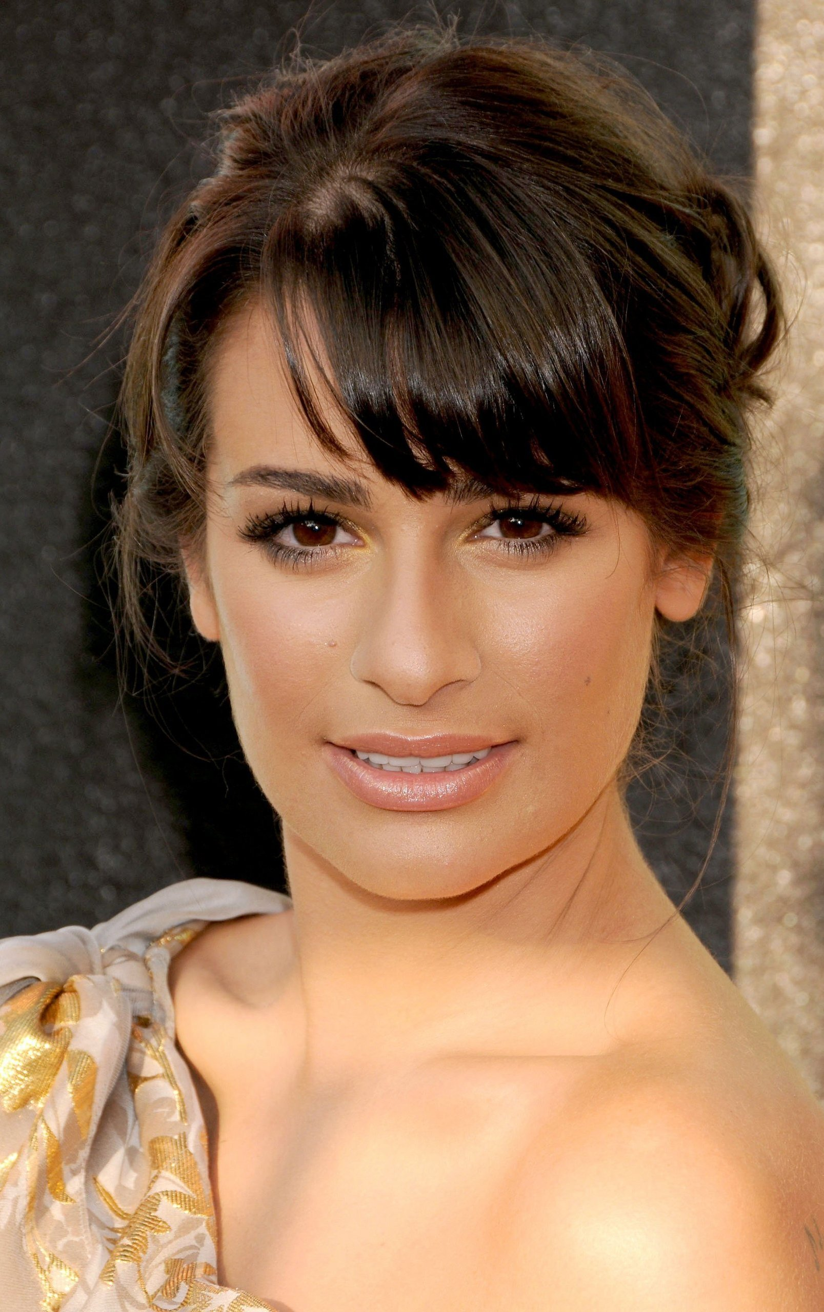 Lea Michele Bra Size, Age, Weight, Height, Measurements