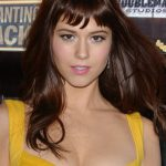 Mary Elizabeth Winstead Bra Size, Age, Weight, Height, Measurements