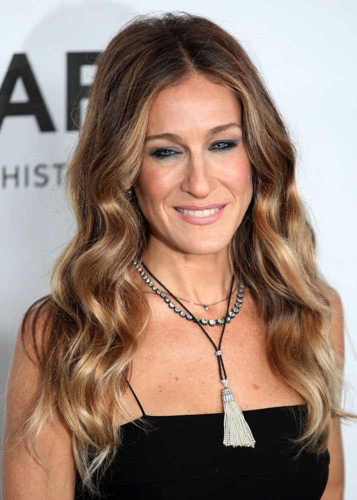 Sarah Jessica Parker Bra Size, Age, Weight, Height ...