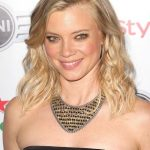 Amy Smart Bra Size, Age, Weight, Height, Measurements