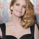 Anna Chlumsky Bra Size, Age, Weight, Height, Measurements