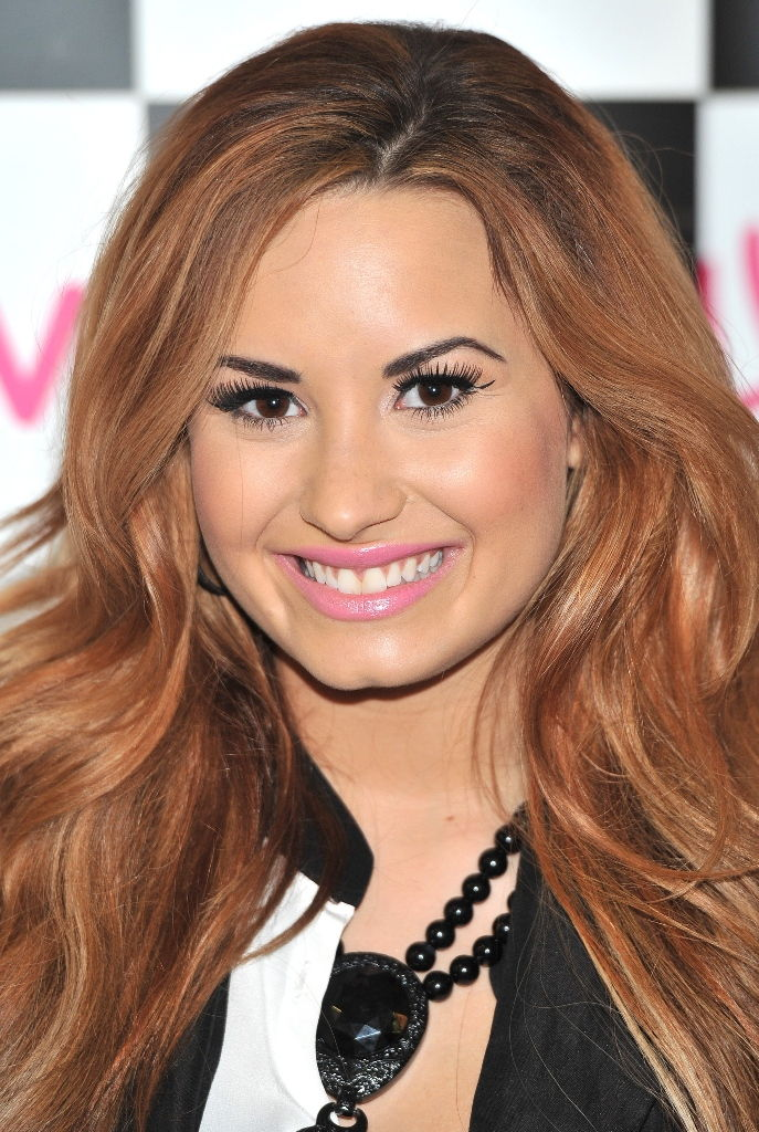 Demi Lovato Was Born On AugustTwo In Albuquerque New Mexico Usa She Made Her Acting Debut As A Child Actress In Barney Friends At The Age Of
