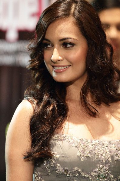 Dia Mirza Bra Size, Age, Weight, Height, Measurements -7194